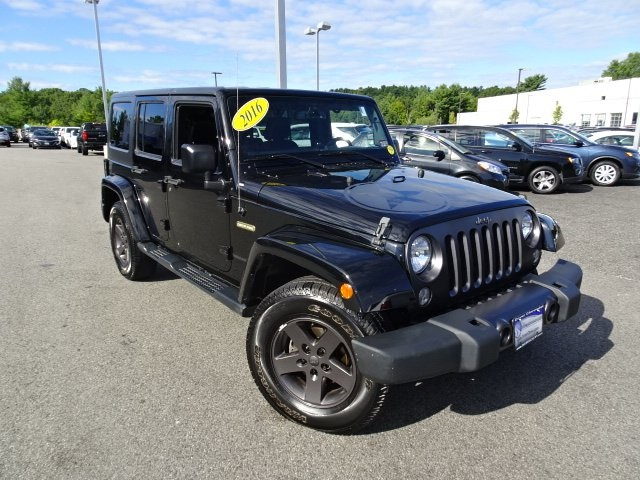 Pre-Owned 2016 Jeep Wrangler Freedom Edition